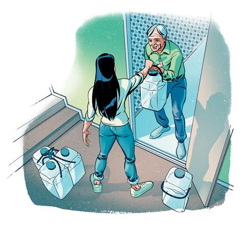 Nainen ojentaa iäkkäälle miehelle vesikanisterin.